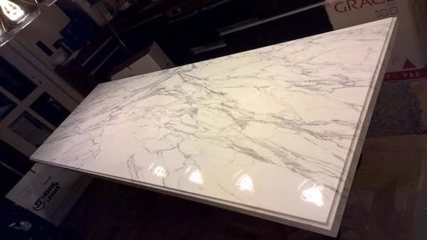 Marmor ponzo gmbh natursteine in berlin boden for Onyx marmor tisch