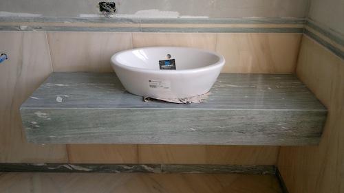 marmor ponzo gmbh natursteine in berlin fliesenleger verlegung fugenlos montage. Black Bedroom Furniture Sets. Home Design Ideas